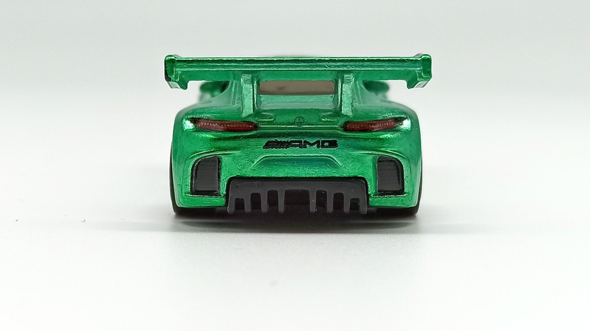 Hot Wheels id '16 Mercedes-AMG GT3 (GML21) 2021 Factory Fresh (03/04) spectraflame green back