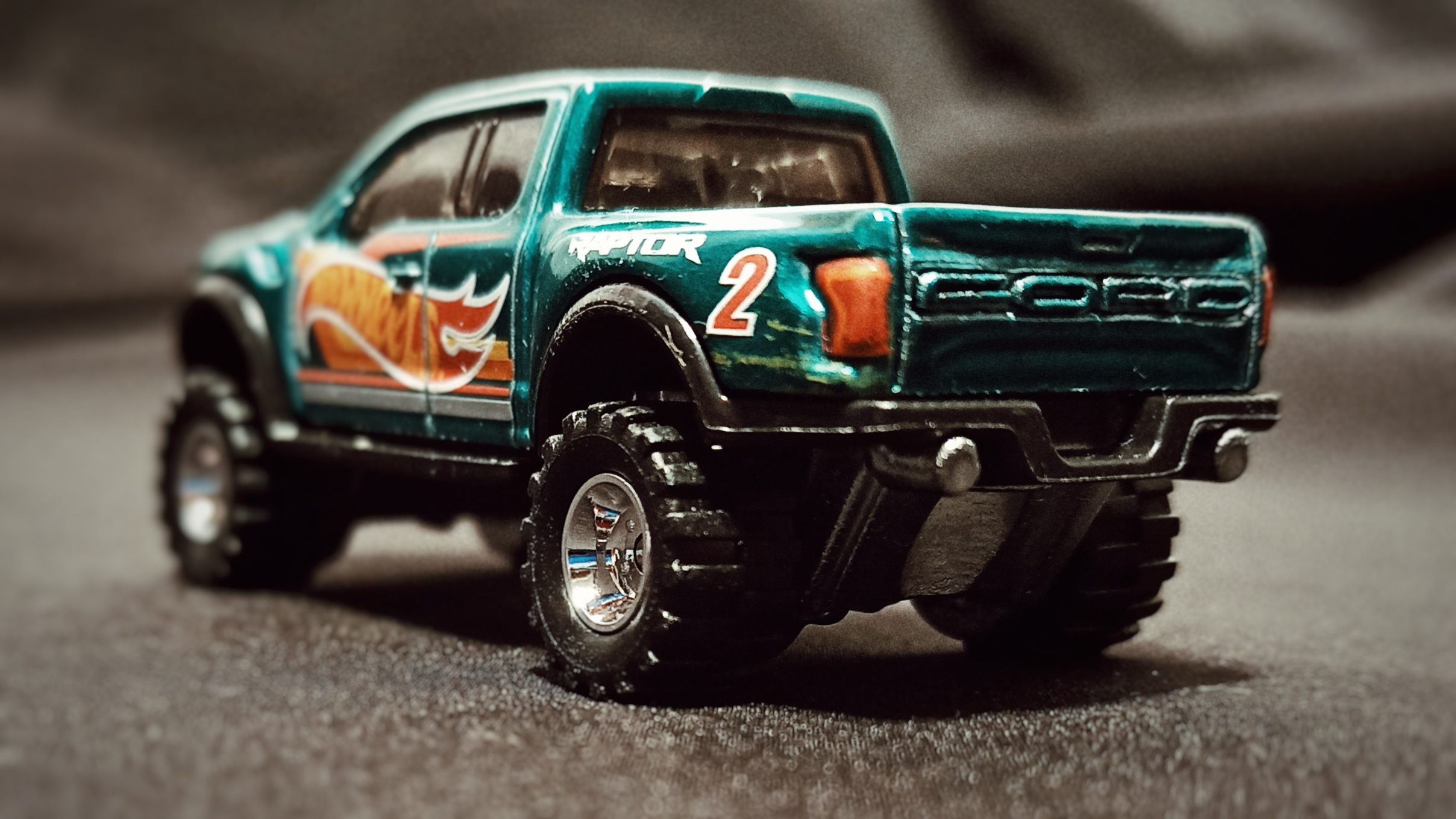 Hot Wheels '17 Ford F-150 Raptor (GTD72) 2021 Collector Edition (Dollar General Mail-in) spectraflame aqua green back angle