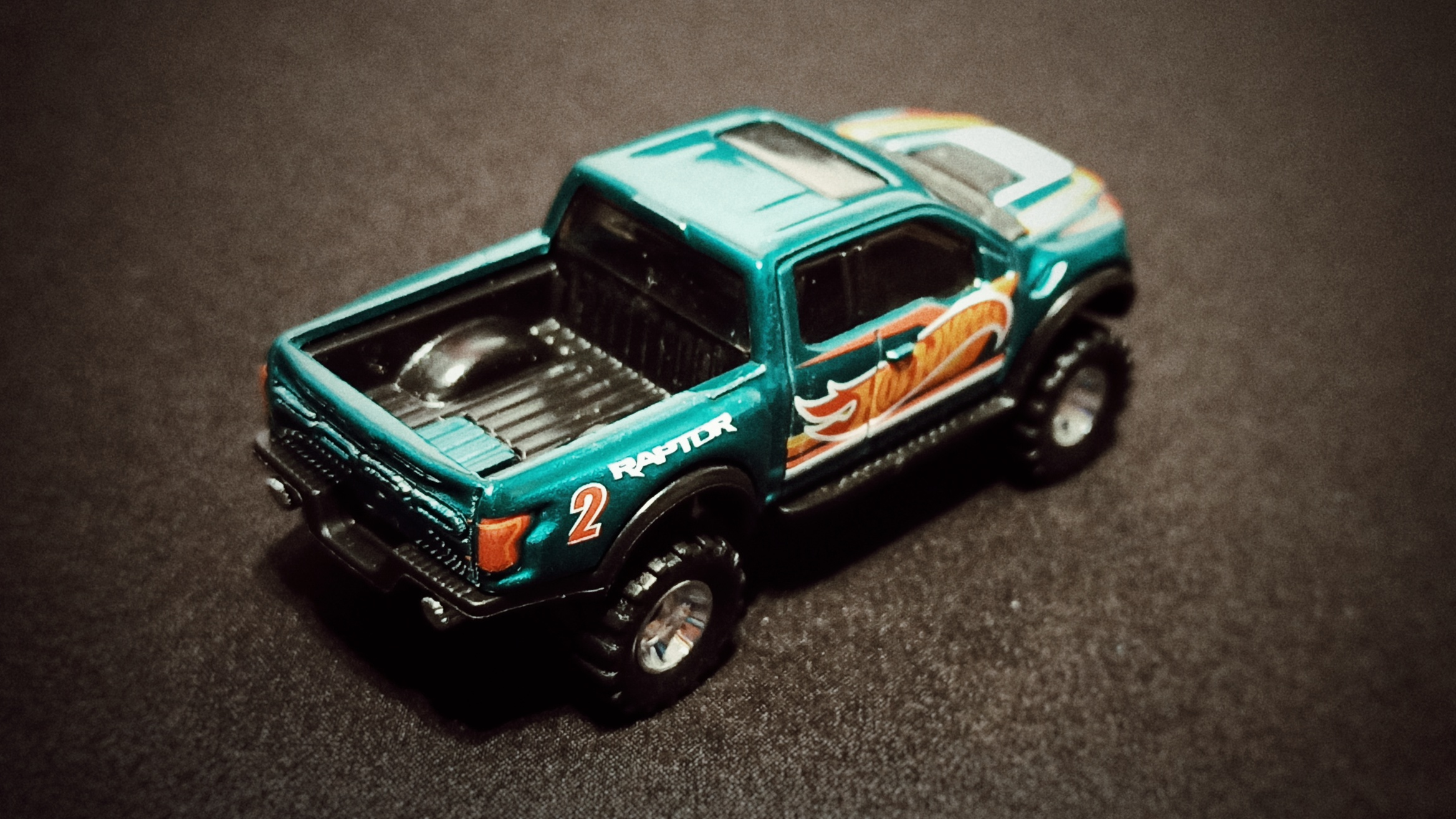 Hot Wheels '17 Ford F-150 Raptor (GTD72) 2021 Collector Edition (Dollar General Mail-in) spectraflame aqua green top angle