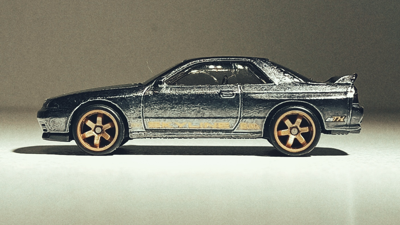 Hot Wheels Nissan Skyline GT-R (BNR32) (GHG23) 2020 (2/250) HW Turbo (5/5) spectraflame gunmetal grey Super Treasure Hunt (STH) side view