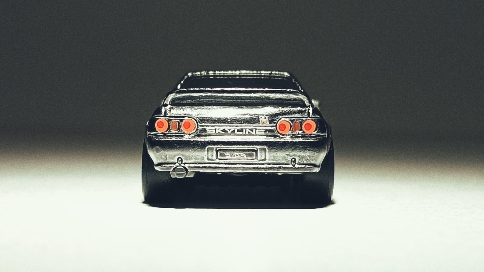 Hot Wheels Nissan Skyline GT-R (BNR32) (GHG23) 2020 (2/250) HW Turbo (5/5) spectraflame gunmetal grey Super Treasure Hunt (STH) back