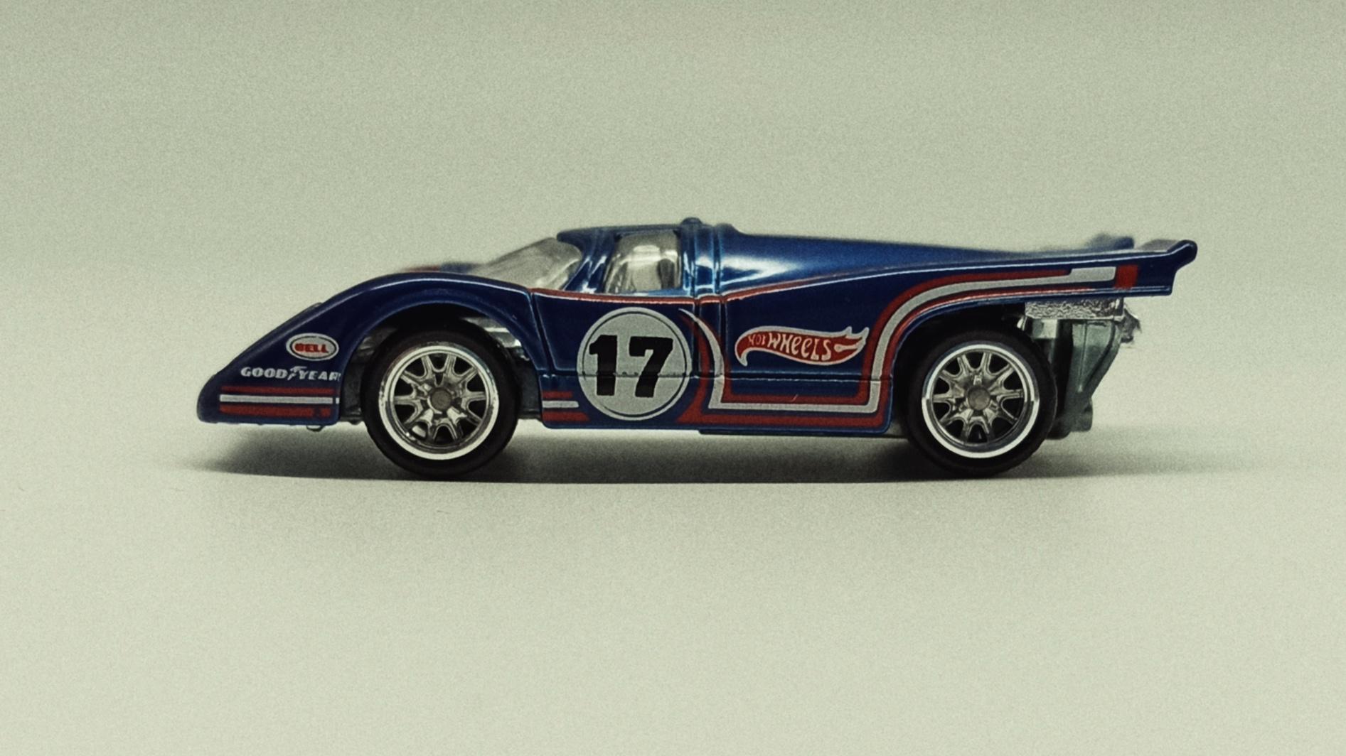 Hot Wheels Porsche 917K (Re-Tooled Version) (CFN62) 2015 Heritage (18/18) metalflake blue side
