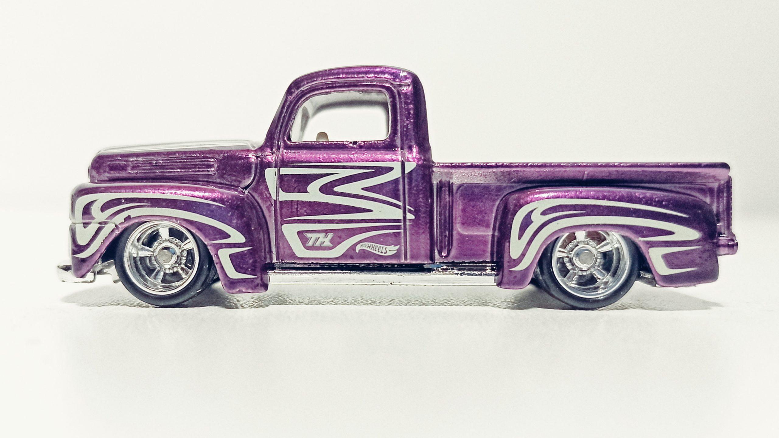 Hot Wheels '49 Ford F1 (GTD03) 2021 (225/250) HW Hot Trucks (6/10) spectraflame purple Super Treasure Hunt (STH) side