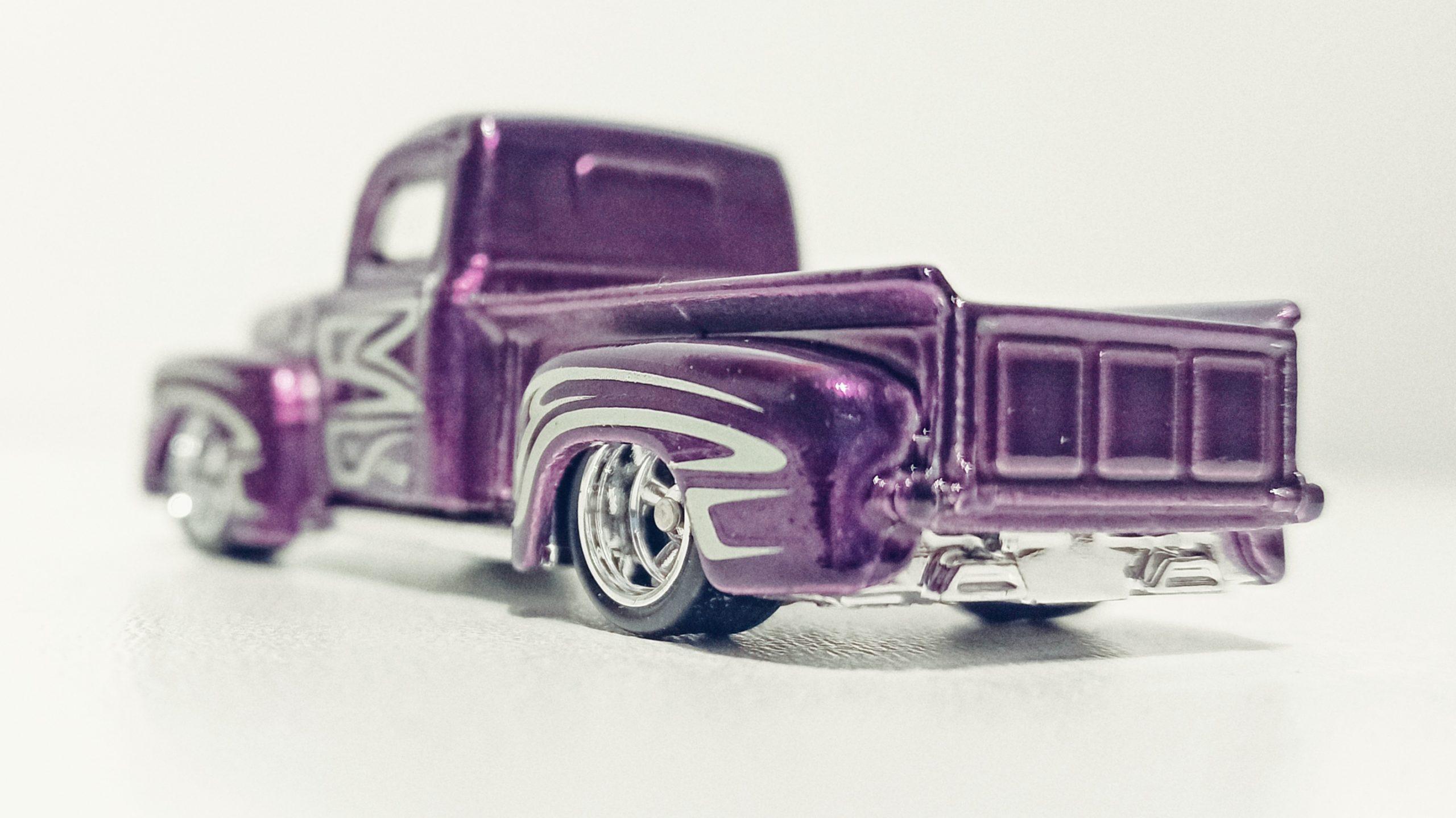 Hot Wheels '49 Ford F1 (GTD03) 2021 (225/250) HW Hot Trucks (6/10) spectraflame purple Super Treasure Hunt (STH) back angle