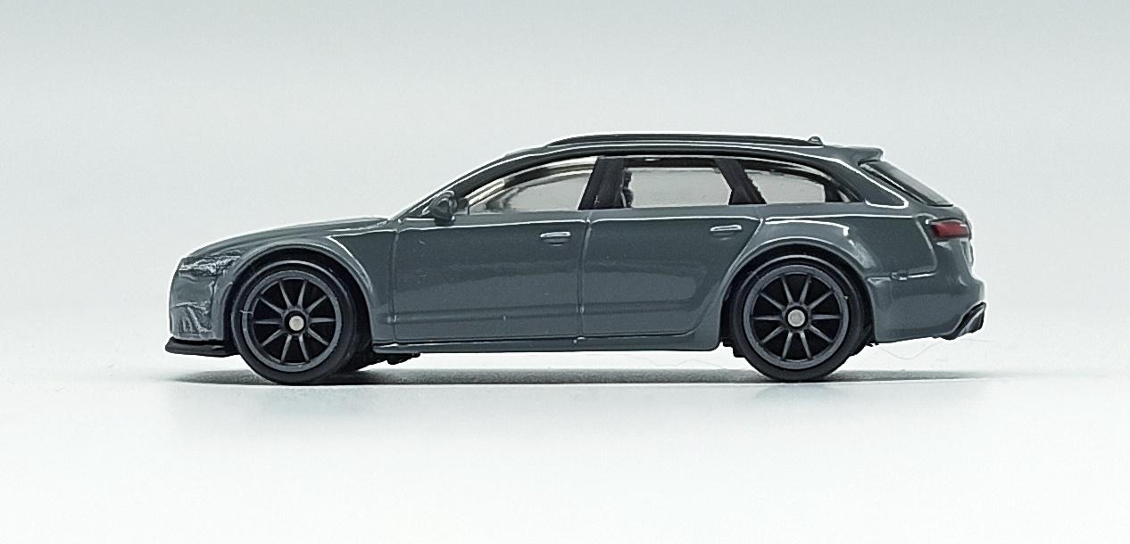 Hot Wheels '17 Audi RS 6 Avant (GRJ65) 2021 Car Culture: Fast Wagons (5/5) grey side