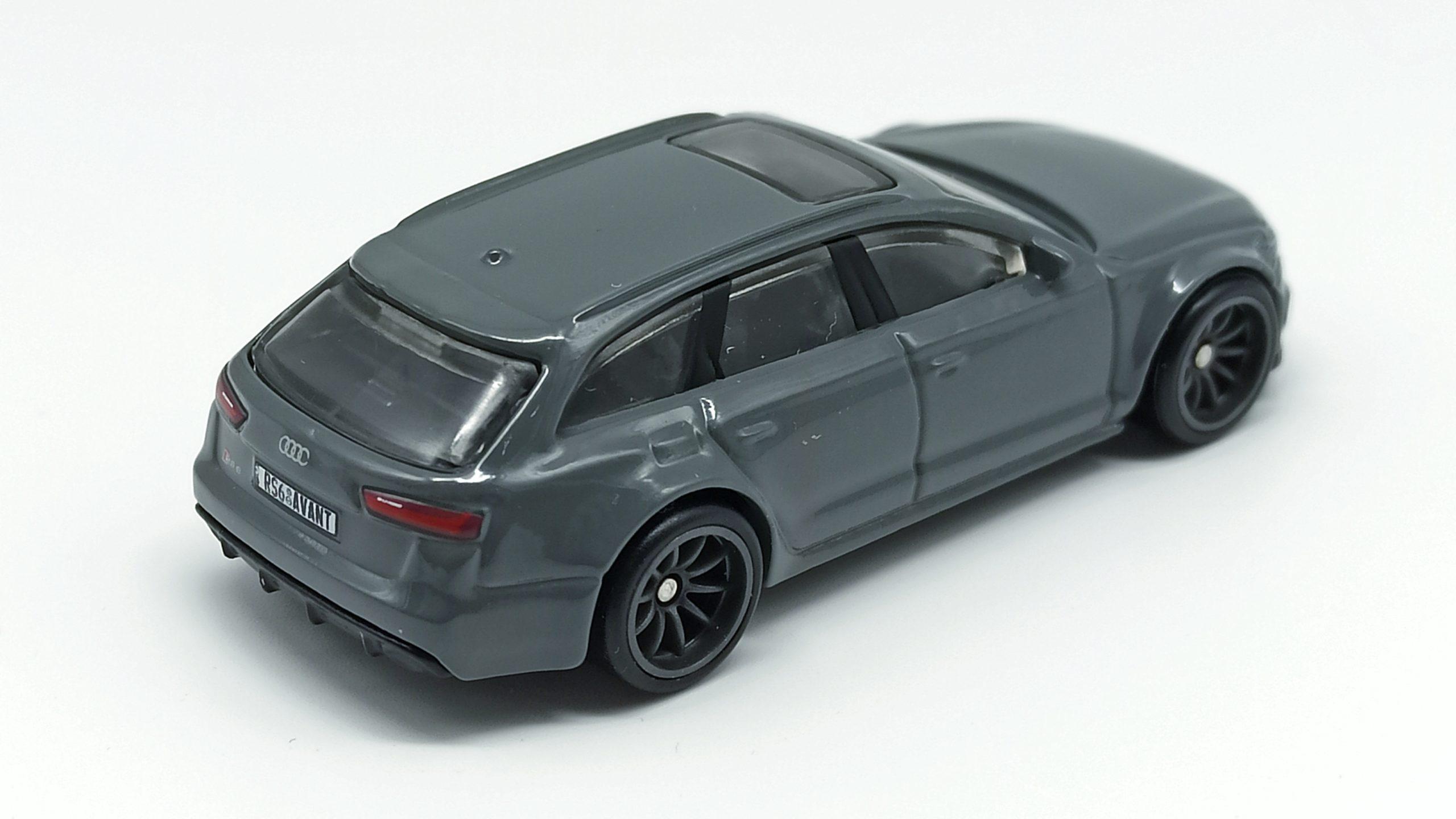Hot Wheels '17 Audi RS 6 Avant (GRJ65) 2021 Car Culture: Fast Wagons (5/5) grey top angle