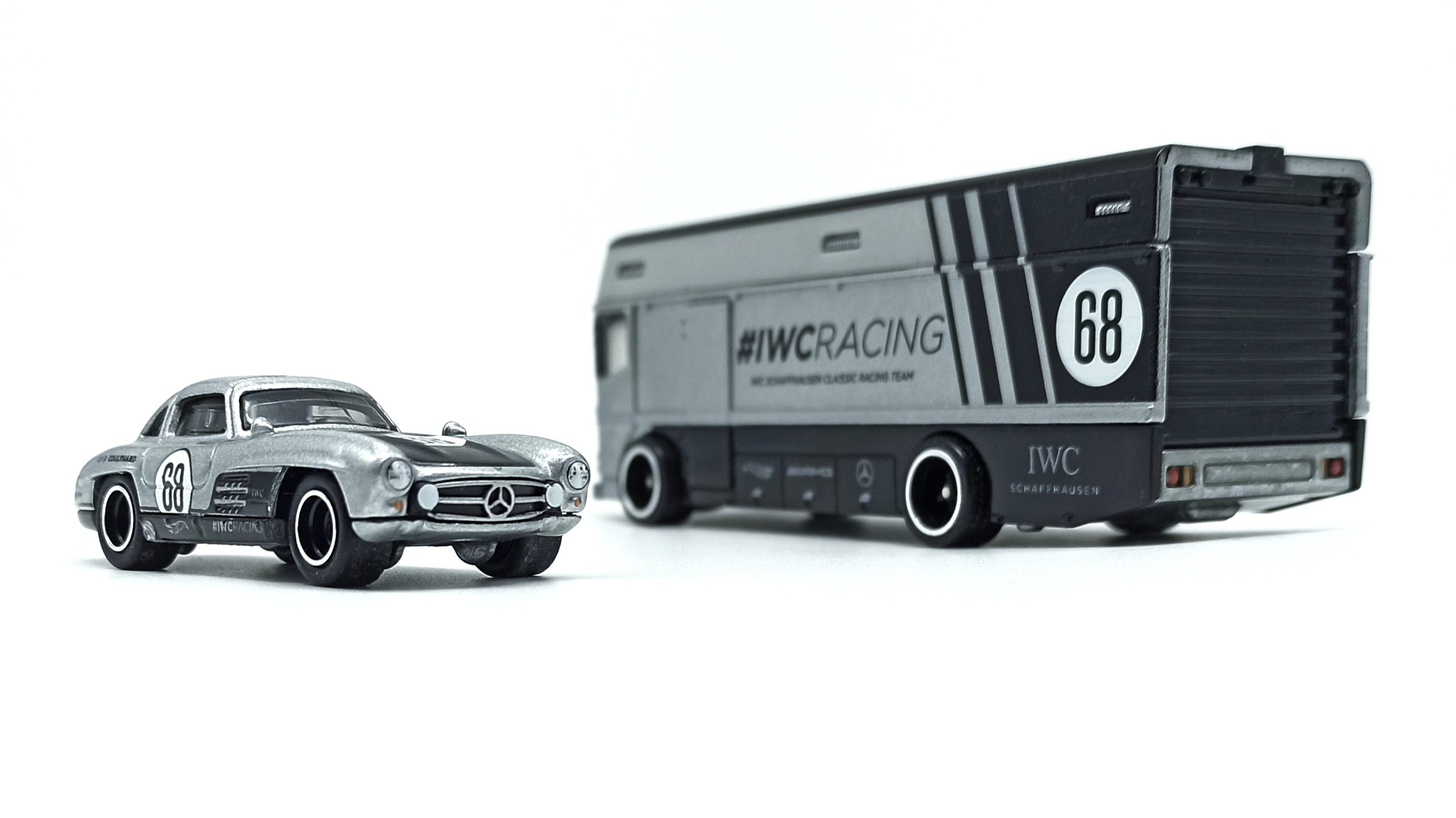 Hot Wheels Euro Hauler + Mercedes-Benz 300 SL (GJT43) 2020 Car Culture Team Transport 21 (Mix 2) silver IWC Racing