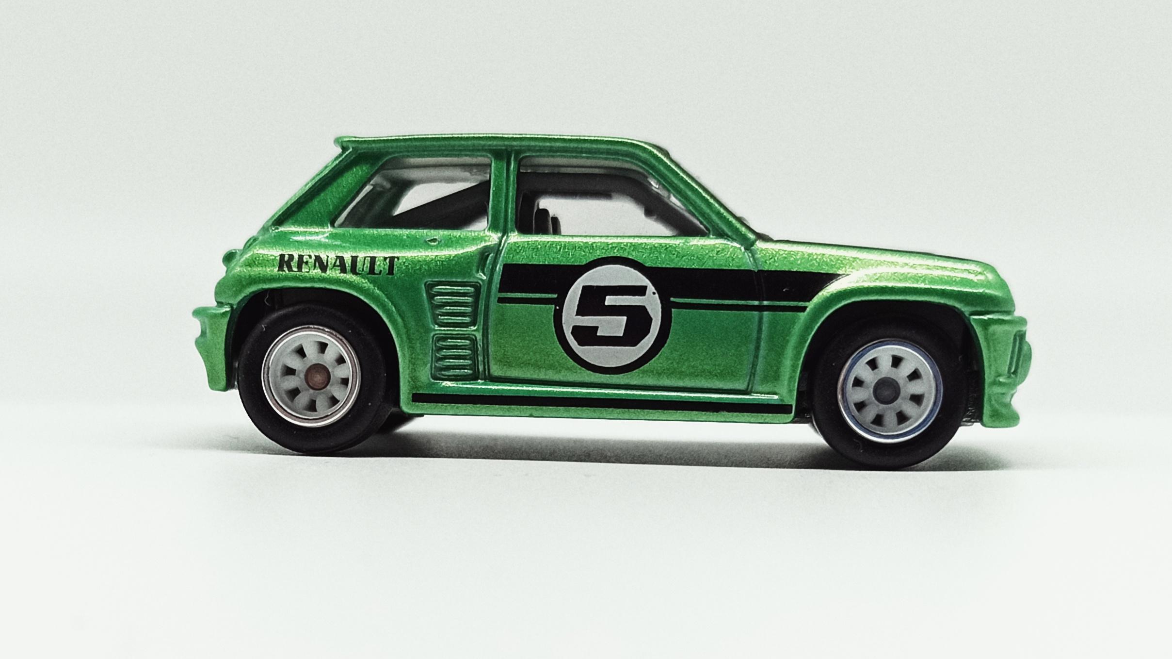 Hot Wheels Renault 5 Turbo (X8244) 2013 Boulevard metalflake green side