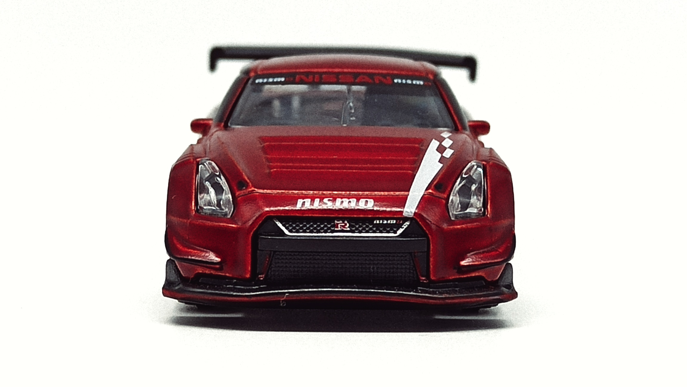 Majorette Nissan GT-R Nismo GT3 (214H) 2021 Limited Edition Series 7 metallic red front