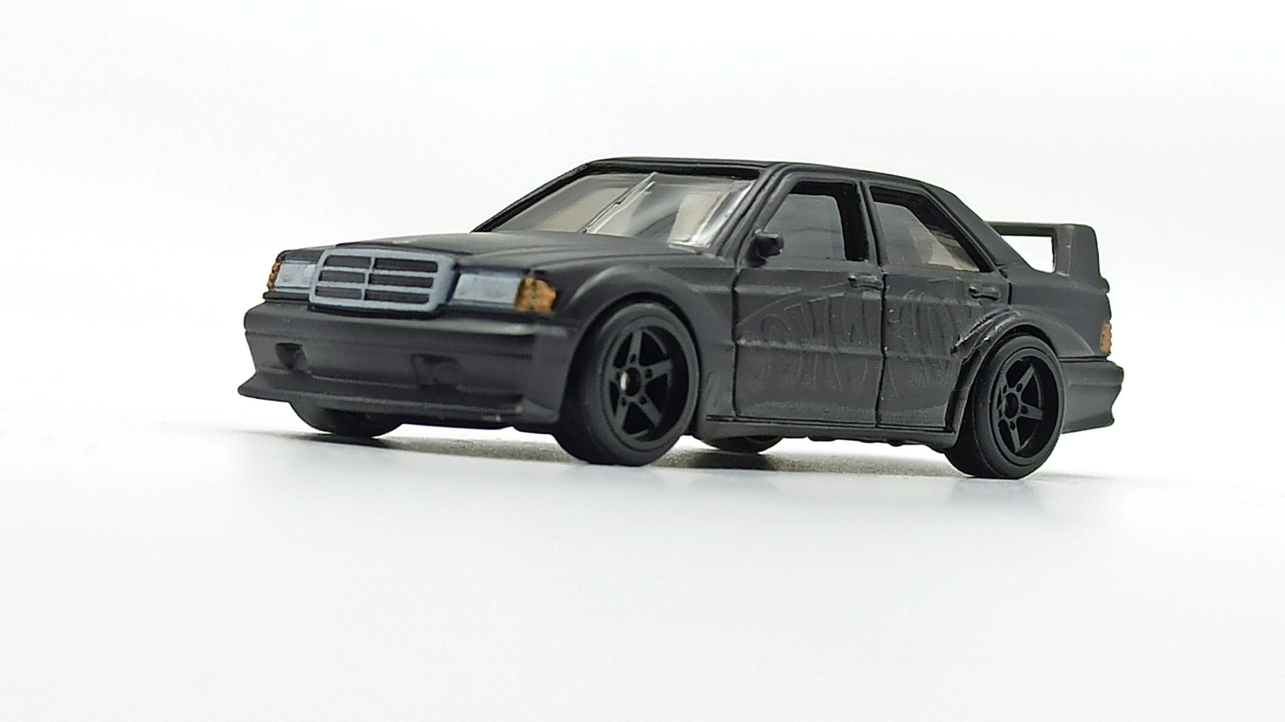 Hot Wheels Mercedes-Benz 190E 2.5-16 EVO II (DWH66) 2021 Display Case Exclusive black front angle