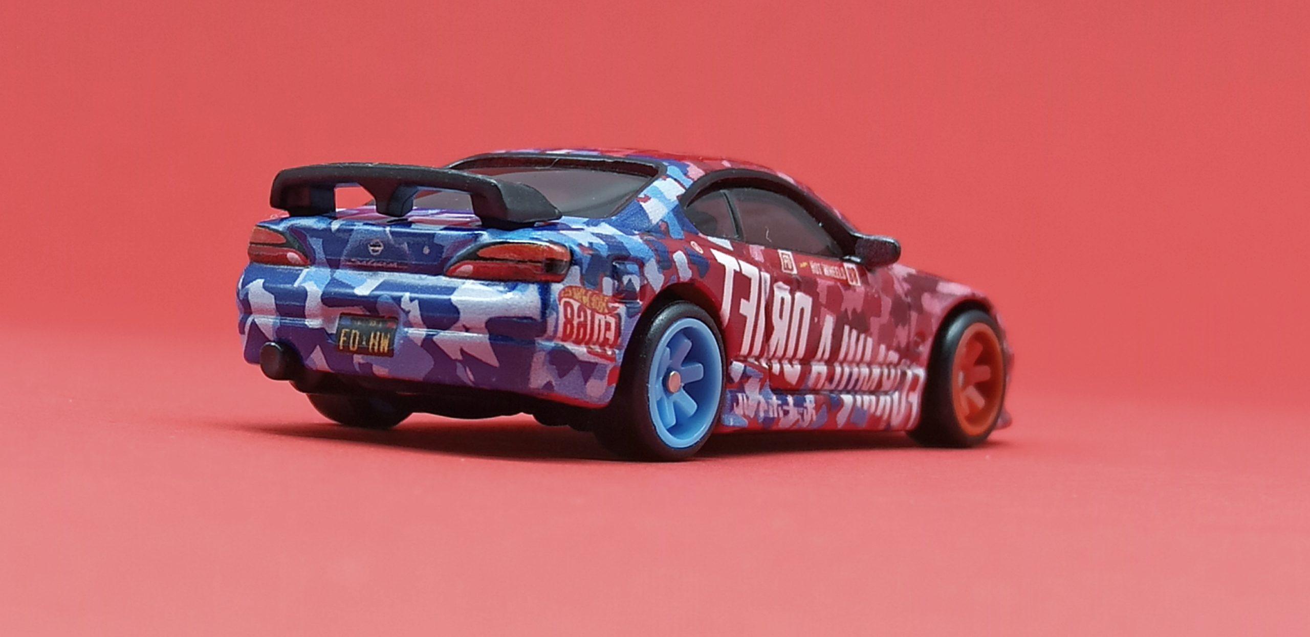 Hot Wheels Nissan Silvia S15 2018 model (GRB46) 2020 Hot Wheels Boulevard #7 Formula Drift red & blue back angle