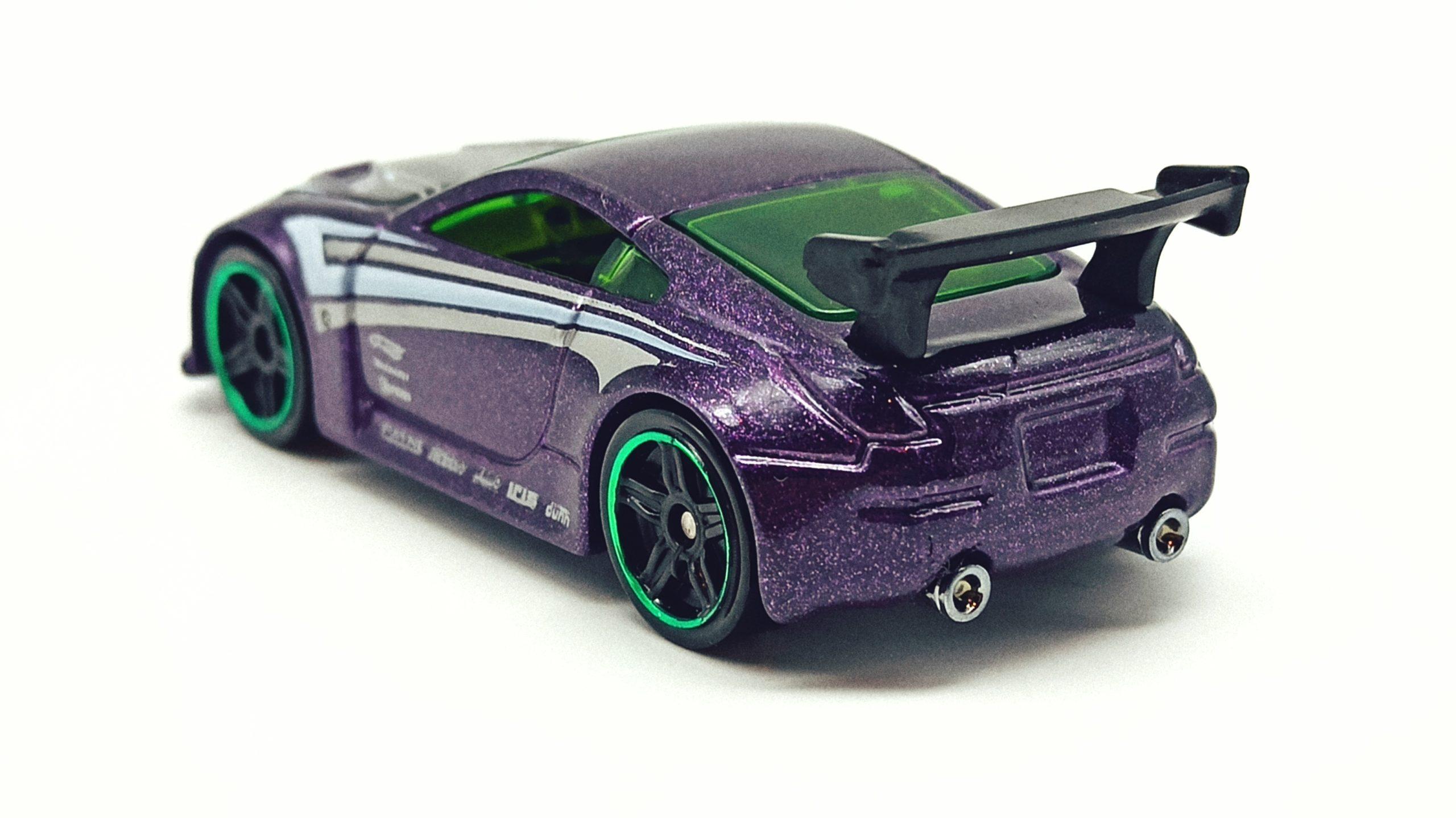 Hot Wheels Nissan 350Z (R7487) 2010 (234/240) Mystery Cars (18/24) purple top angle