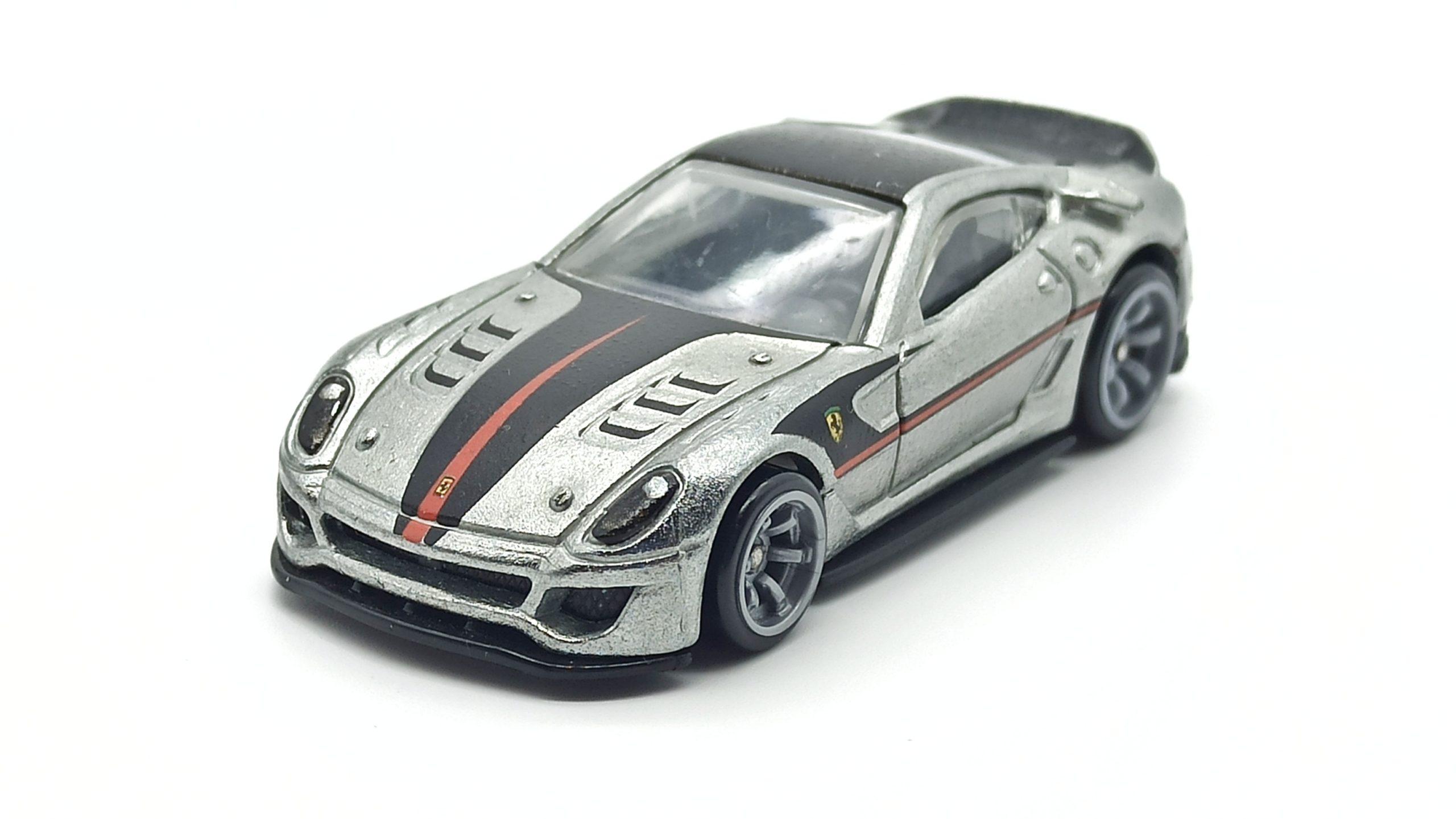 Hot Wheels Ferrari 599XX (W2319) 2011 Speed Machines zamac top angle