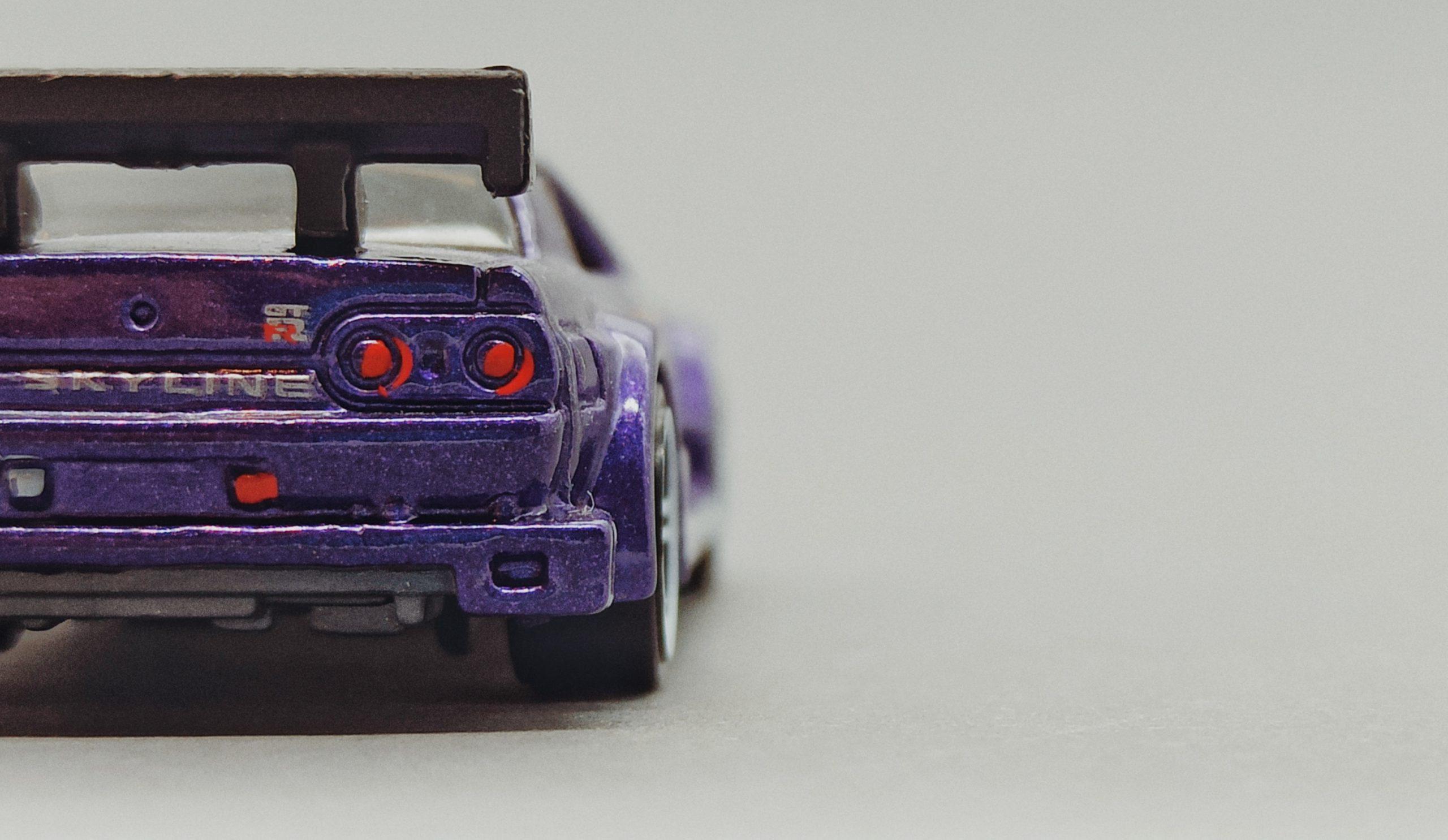 Hot Wheels Nissan Skyline (V0104) 2011 Racing Kits: Street Race (3/12) purple back angle