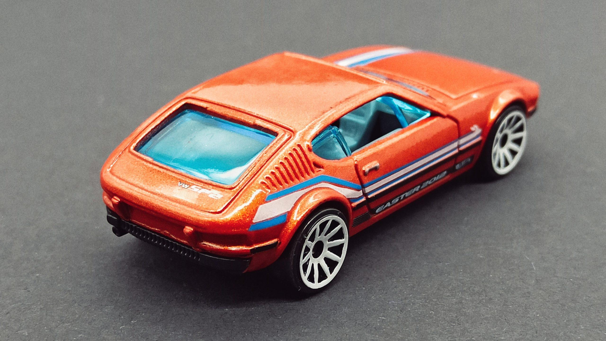 Hot Wheels Volkswagen SP2 (W4020) 2012 Easter Eggsclusives orange top angle