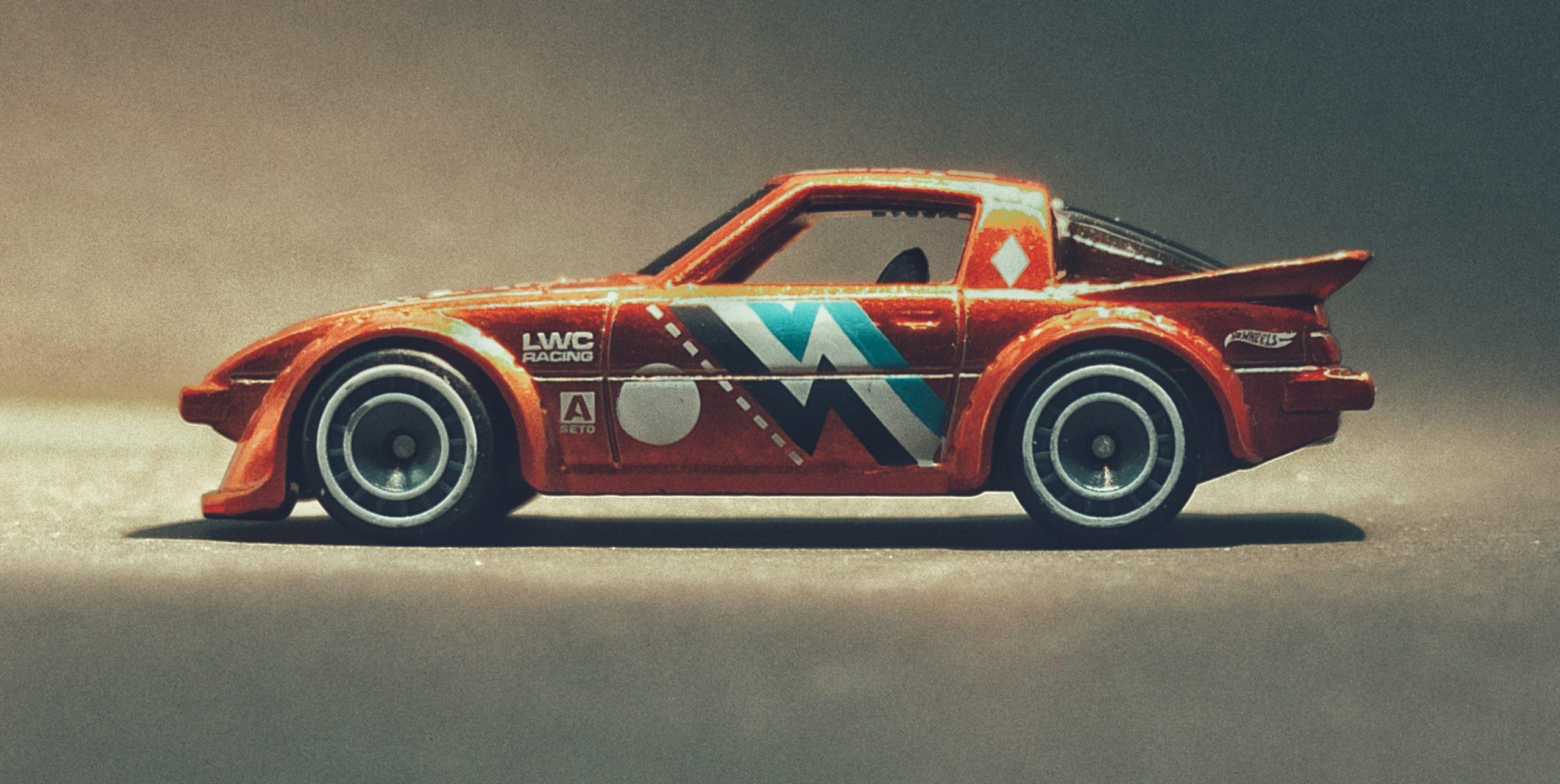Hot Wheels Mazda RX-7 (GHG28) 2020 (130/250) Speed Blur (5/5) spectraflame orange Super Treasure Hunt (STH) side