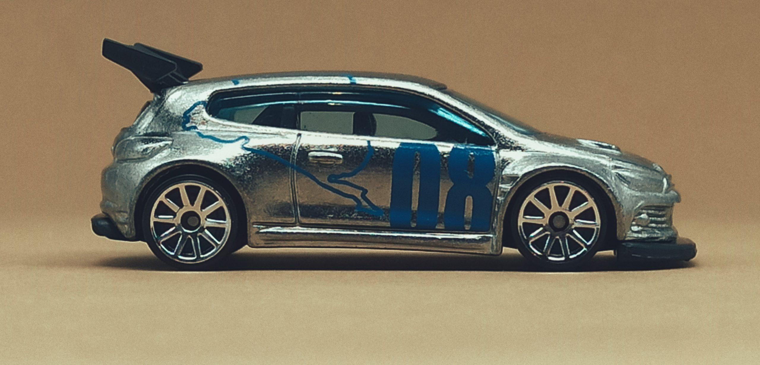 Hot Wheels Volkswagen Scirocco GT 24 (X2050) 2013 (160/250) HW Showroom: Asphalt Assault VW zamac side
