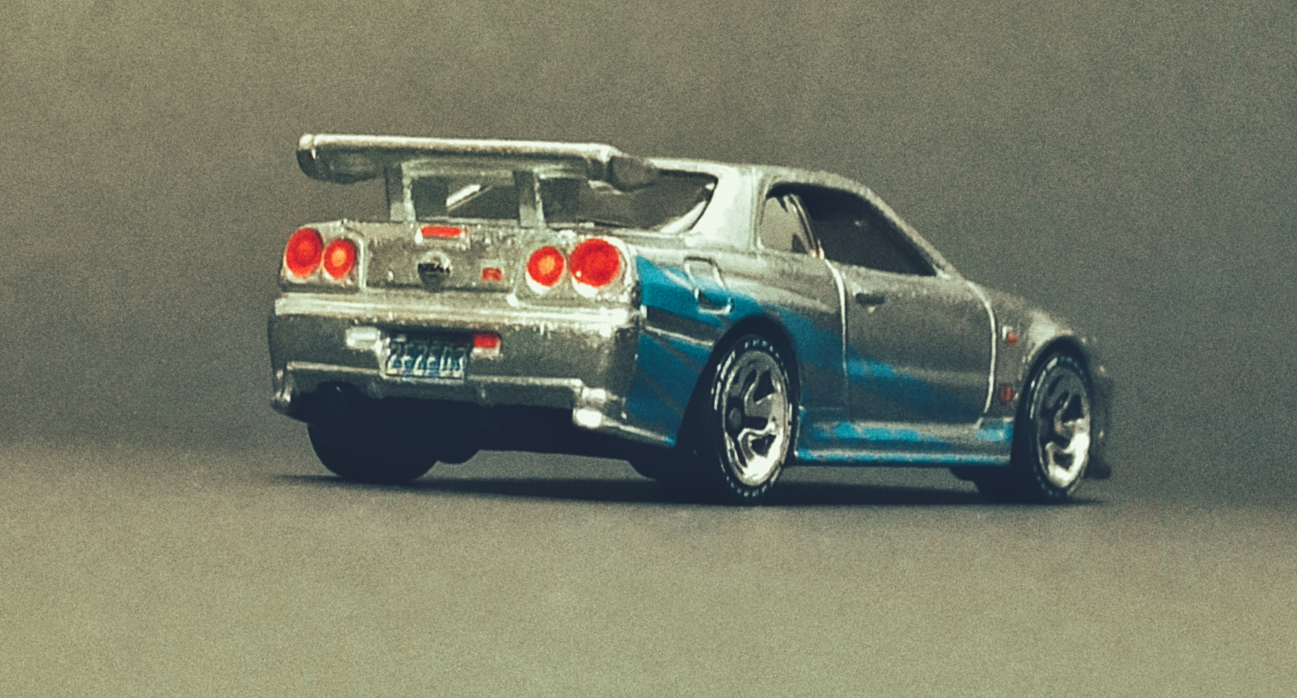 Hot Wheels id Nissan Skyline GT-R (R34) (HCJ08) 2021 HW Screen Time (01/03) zamac back angle