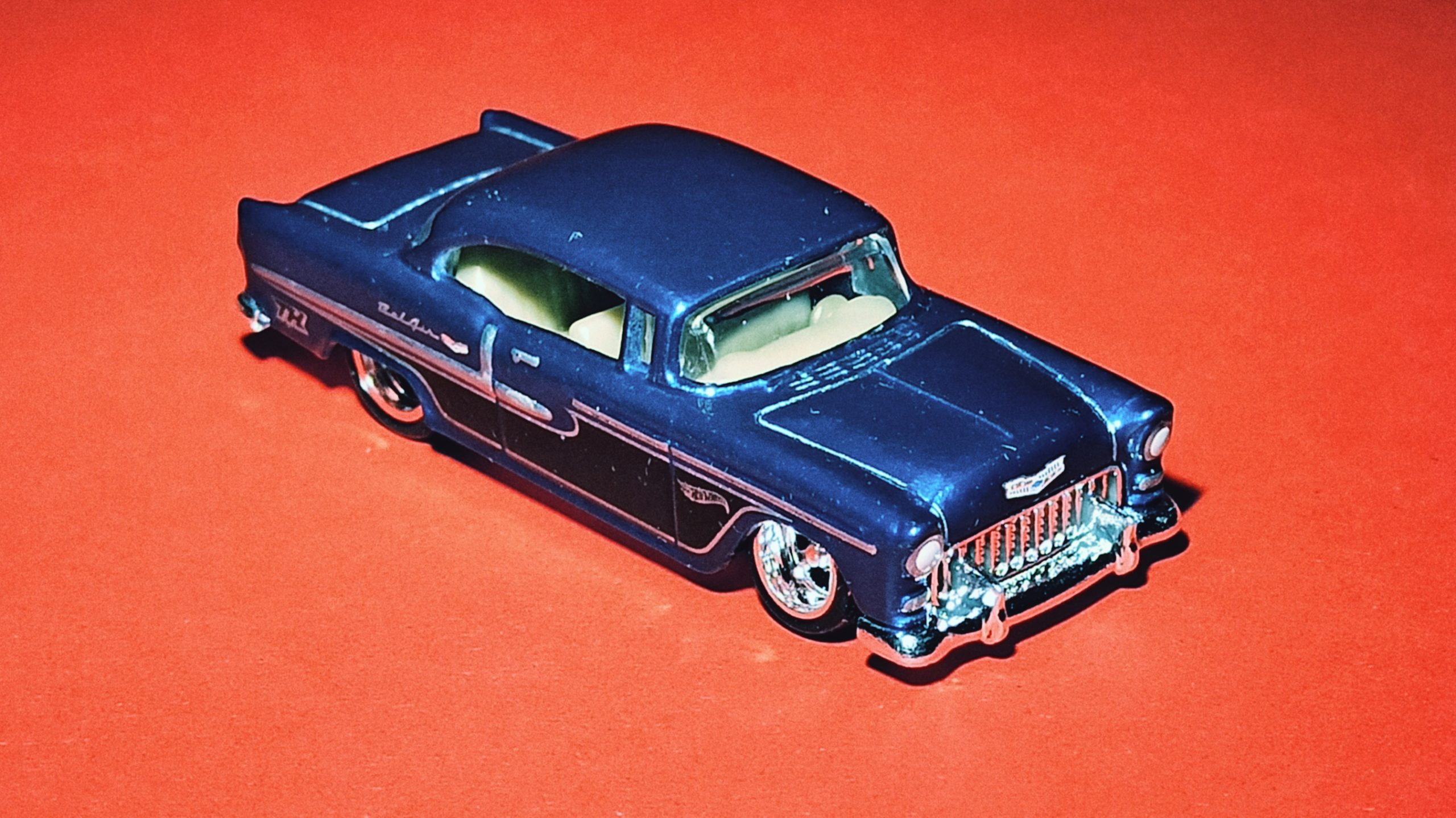 Hot Wheels '55 Chevy () 2020 (20/250) Chevy Bel Air (175) spectraflame blue Super Treasure Hunt (STH) top angle