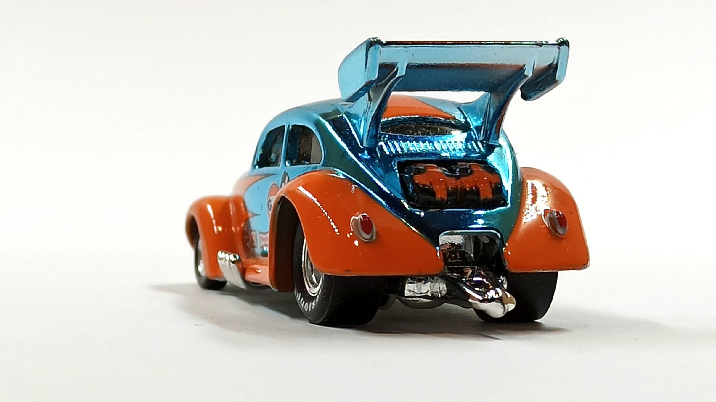 Hot Wheels Custom '56 Volkswagen Drag Beetle (Y0452) 2013 HWC Gulf Racing (3/4) (1 of 4.000) spectraflame light blue (Gulf) back view
