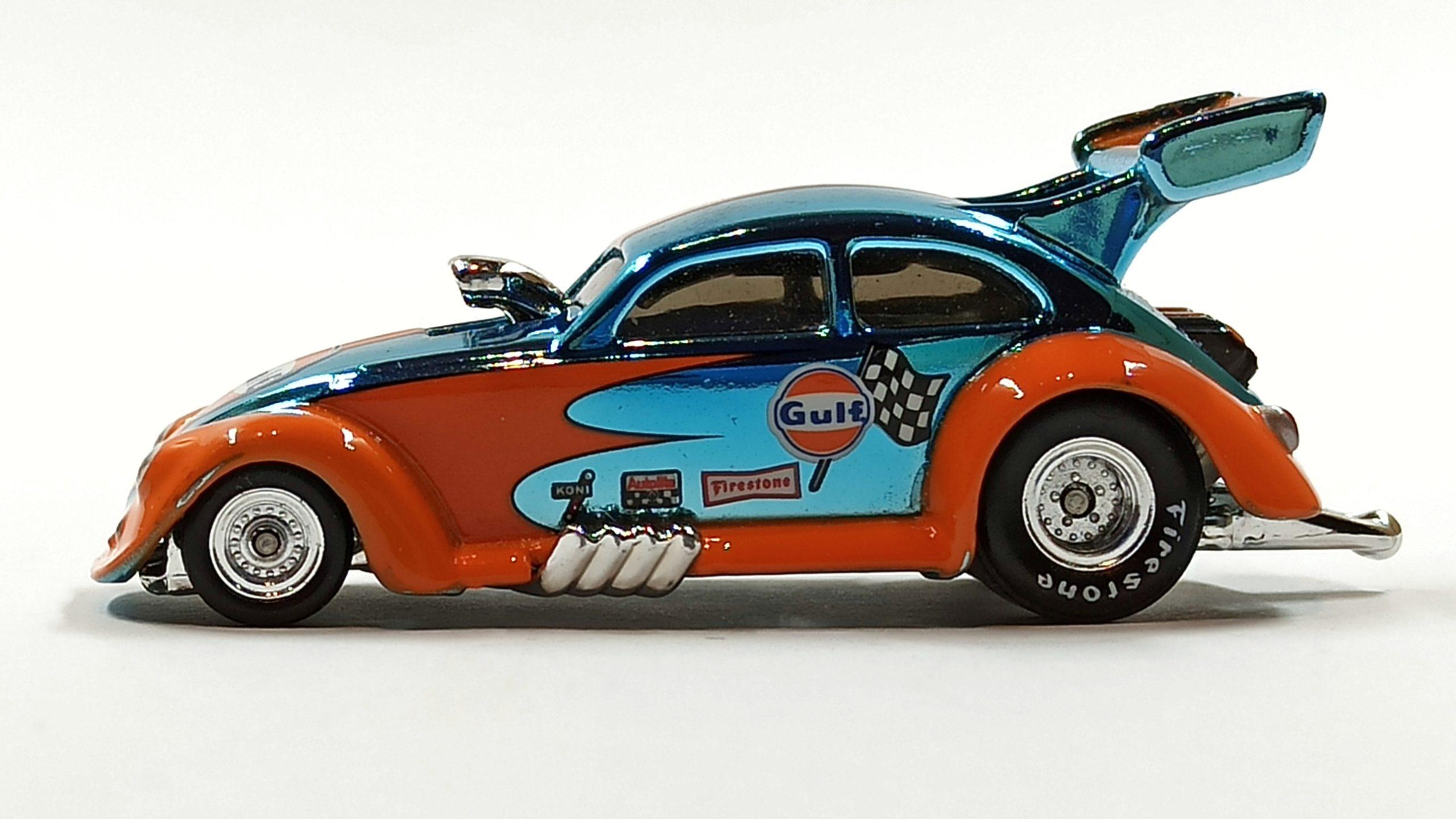 Hot Wheels Custom '56 Volkswagen Drag Beetle (Y0452) 2013 HWC Gulf Racing (3/4) (1 of 4.000) spectraflame light blue (Gulf) side