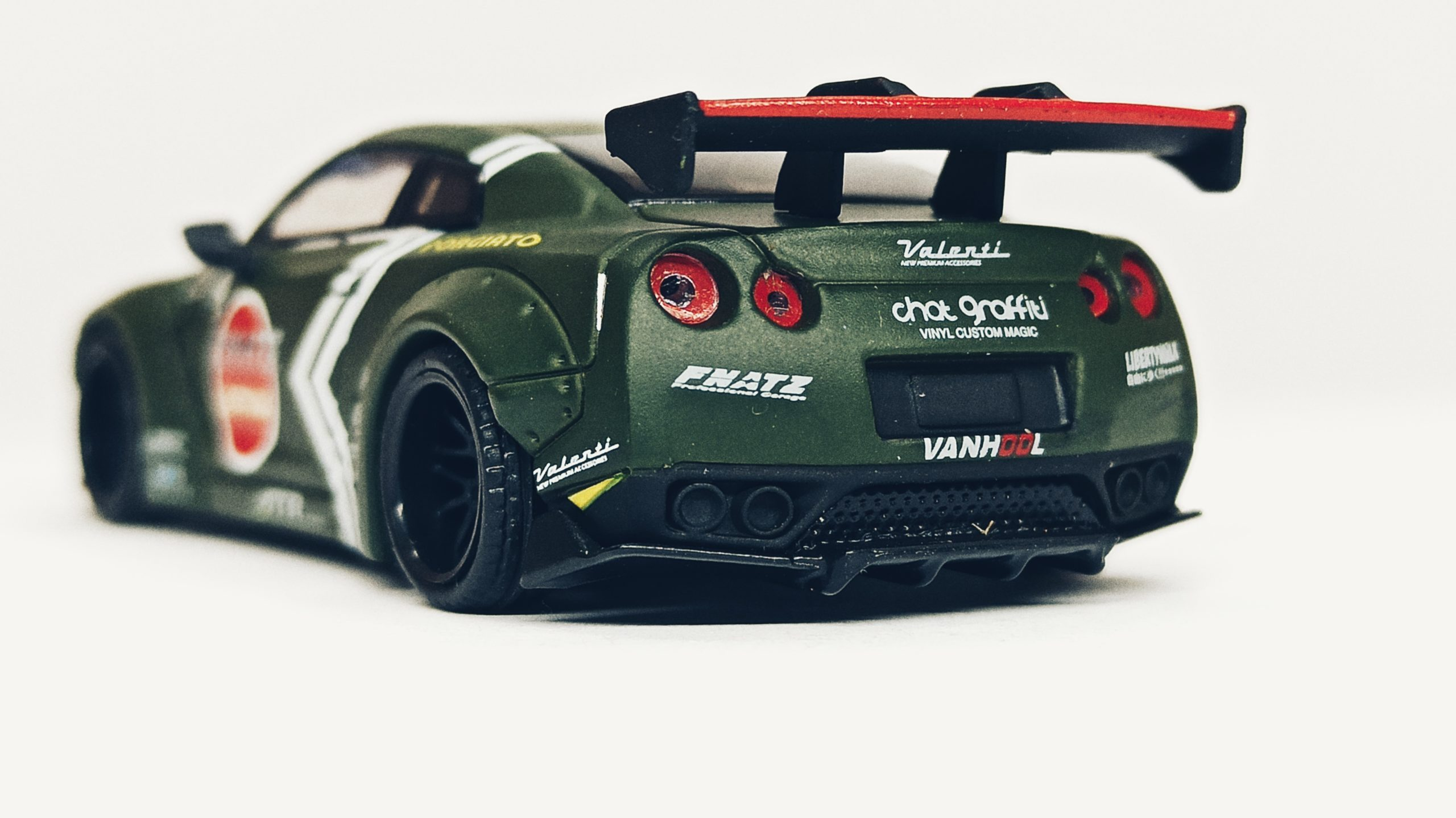 Mini GT Nissan GT-R (R35) (MGT00007-R) 2018 Liberty Walk LB★Works Type 1 Rear Wing ver 1 Zero Fighter Special (RHD) back angle