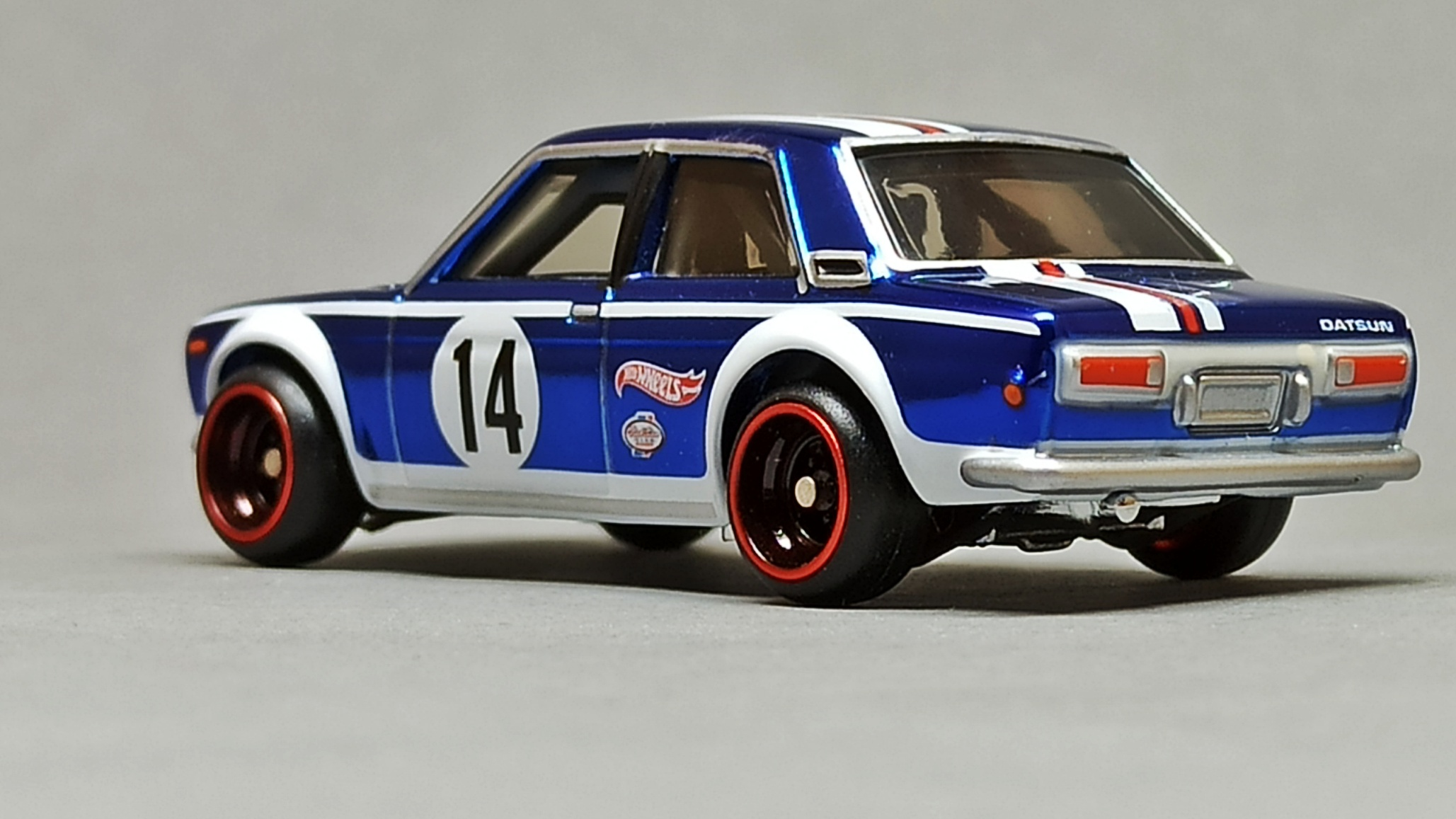 Hot Wheels Datsun Bluebird 510 (DTH31) 2016 RLC HWC Series 14 Real Riders (3/4) (1 of 7.000) spectraflame blue side angle