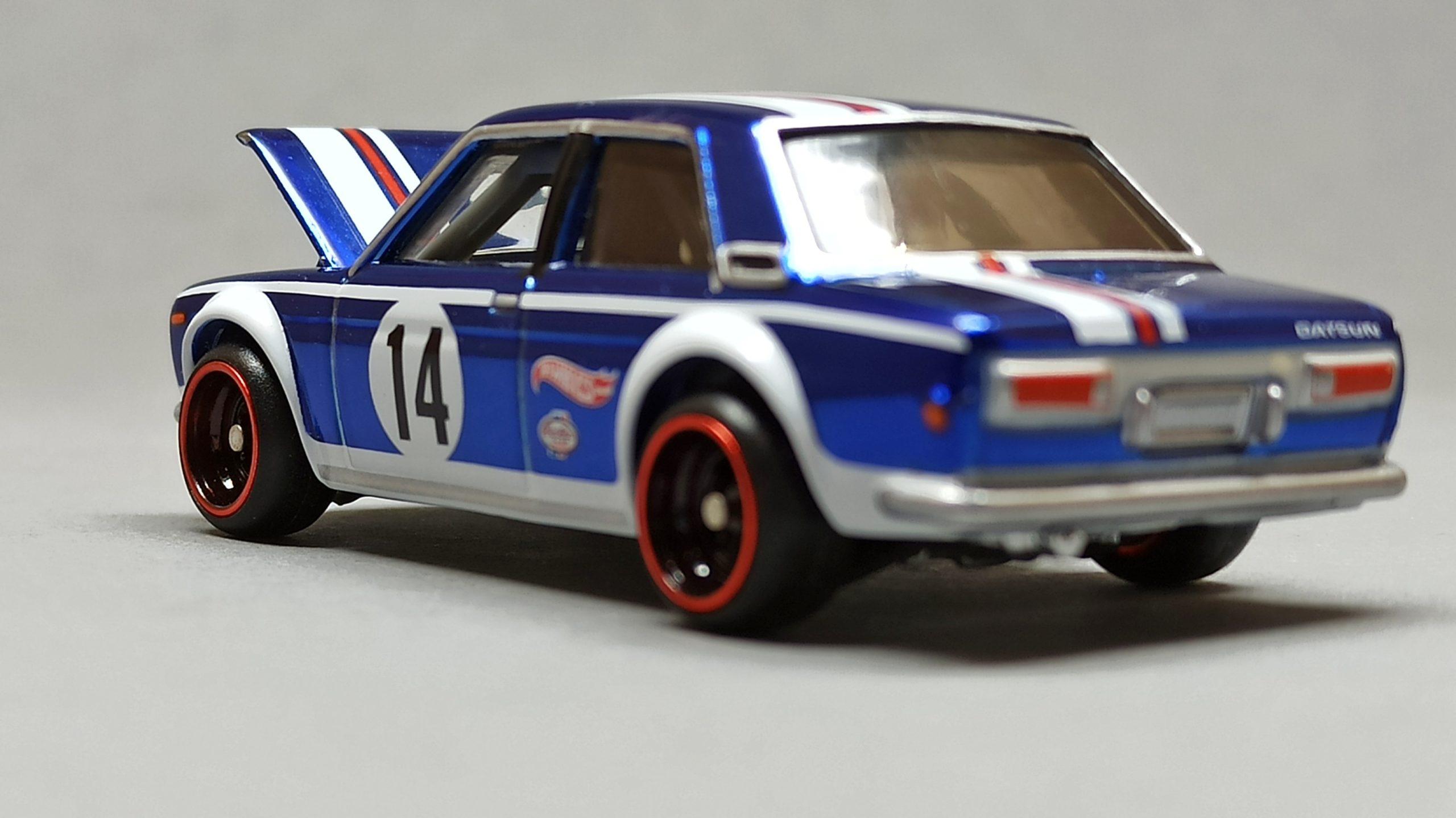 Hot Wheels Datsun Bluebird 510 (DTH31) 2016 RLC HWC Series 14 Real Riders (3/4) (1 of 7.000) spectraflame blue side angle open hood