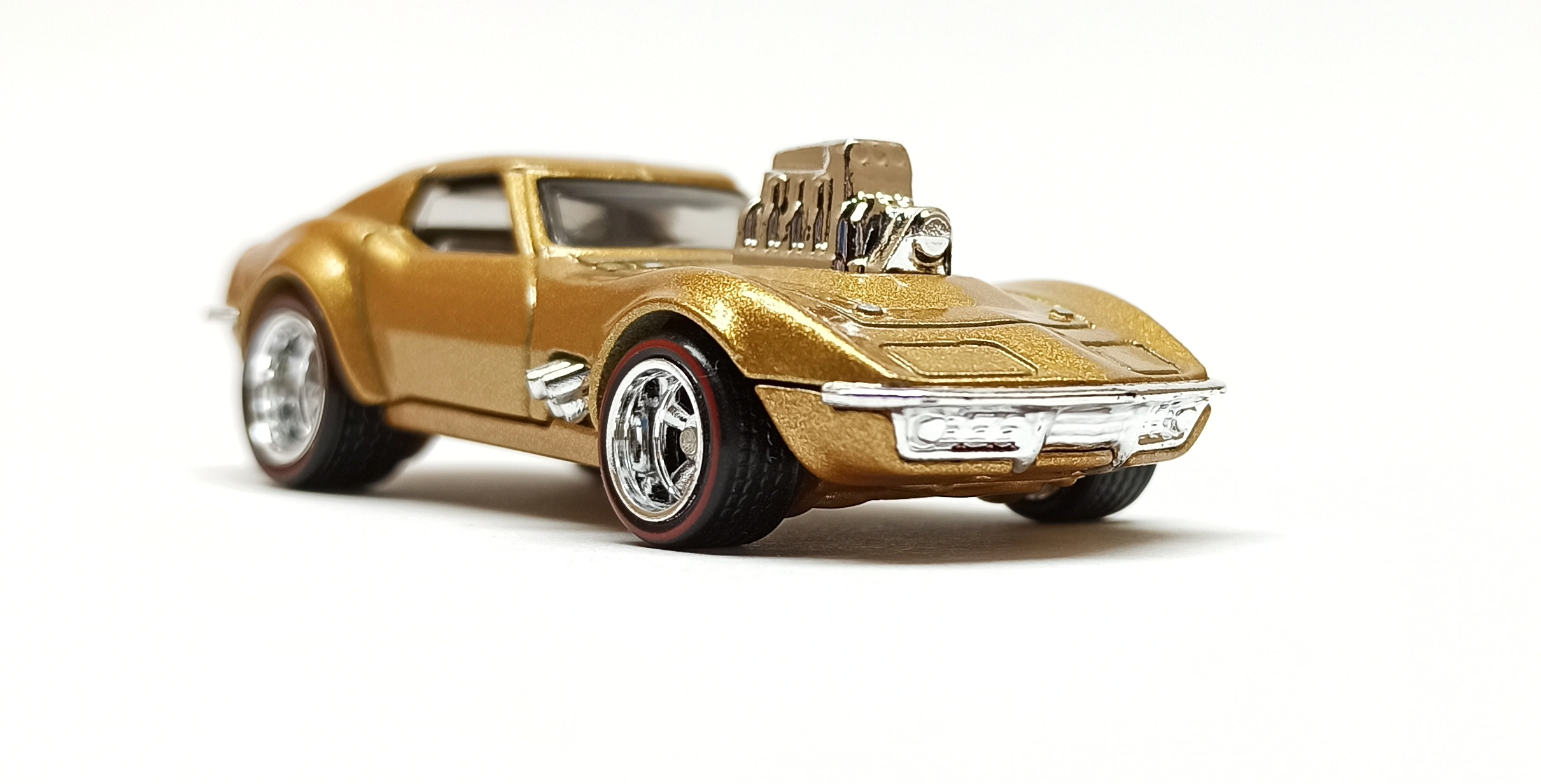 Hot Wheels '68 Corvette - Gas Monkey Garage (FLD15) 2018 Replica Entertainment metalflake gold